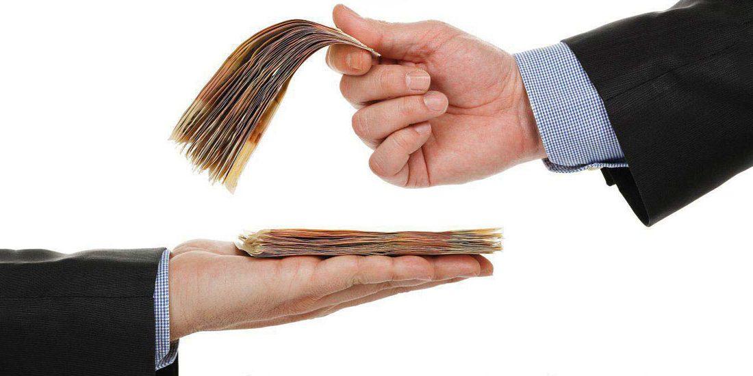 ترس از مسائل مالی: ۴ نکته برای اینکه چگونه با مسائل مالی ترسناک خود روبرو شویم